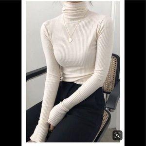 ❤️White turtleneck sweater 🌺❤️🎁💕